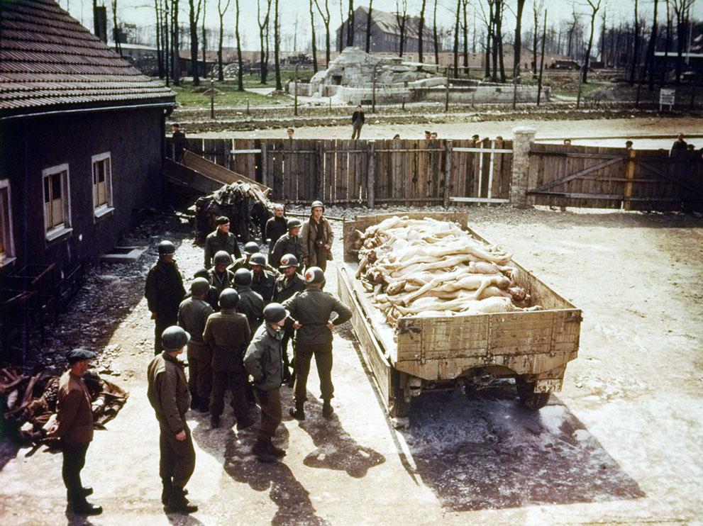photos des camps de la mort, des ghettos, des prisonniers, des gardiens... S_w26_50411046