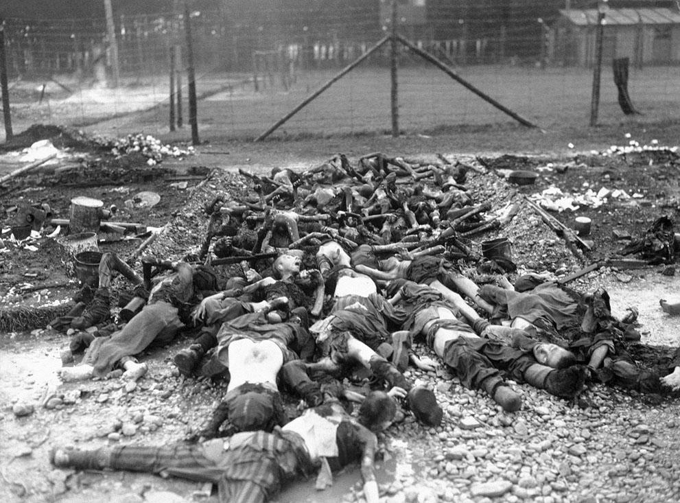 photos des camps de la mort, des ghettos, des prisonniers, des gardiens... S_w27_05010985