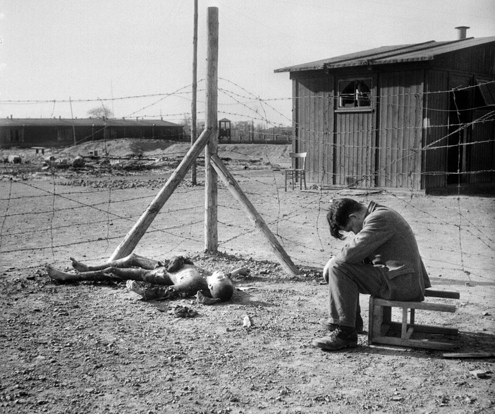 photos des camps de la mort, des ghettos, des prisonniers, des gardiens... S_w30_2215166_