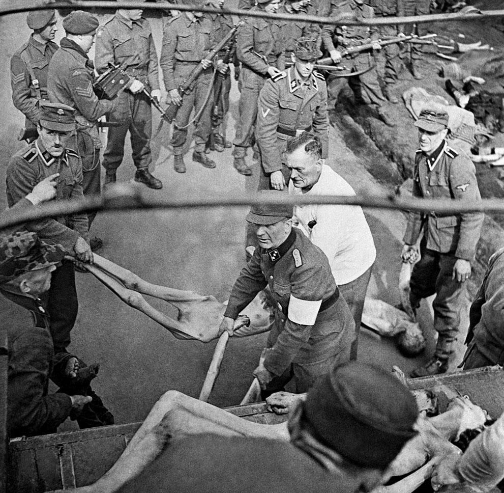 photos des camps de la mort, des ghettos, des prisonniers, des gardiens... S_w38_04170376