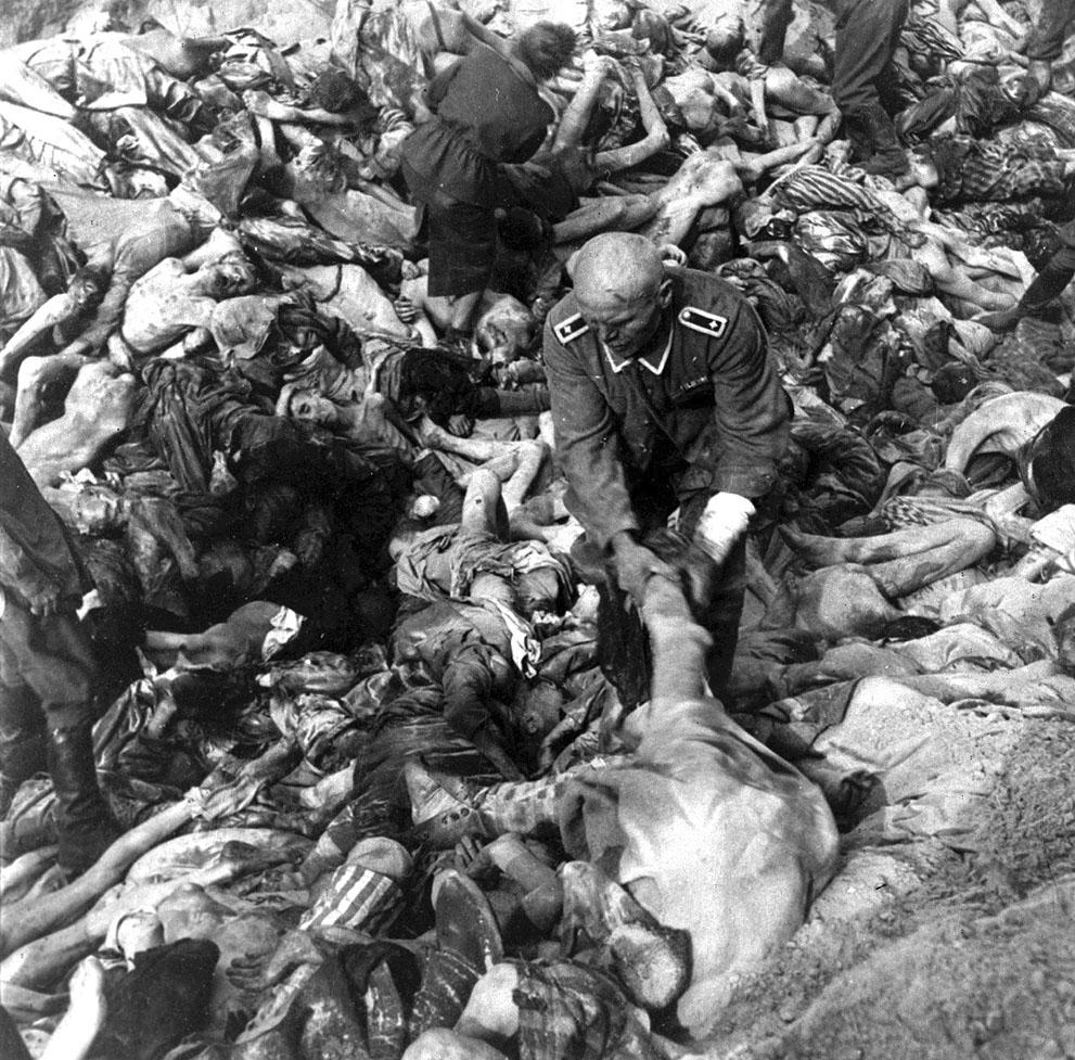 photos des camps de la mort, des ghettos, des prisonniers, des gardiens... S_w43_50427011