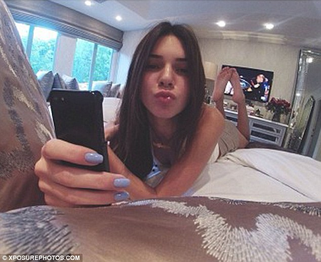 Selfie te derguara gabimisht tek prinderite 1186