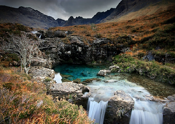 Škotska - Page 2 2098787-2-the-fairy-pools-isle-of-skye