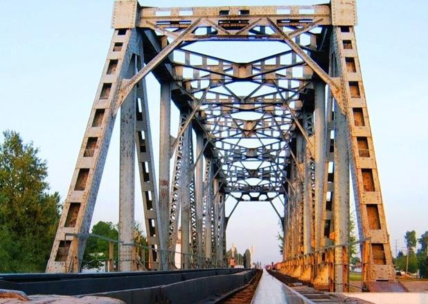 Ukraine Politics Thread: - Page 3 Railway_bridge_240613