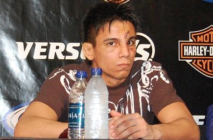"""UFC: Miguel Torres out de UFC por una """"broma"""" en Twitter Miguel-torres"""