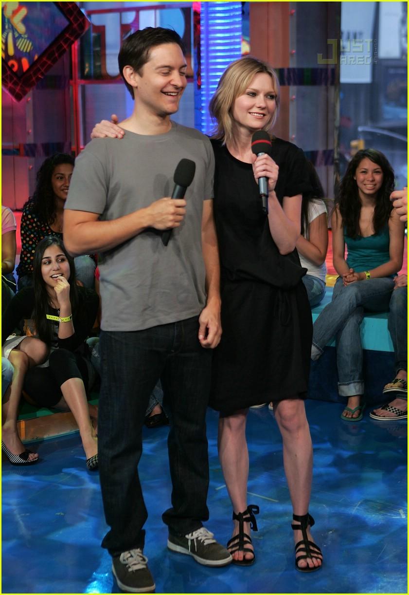 ¿Cuánto mide Kirsten Dunst? - Real height 02-tobey-maguire-kirsten-dunst-trl