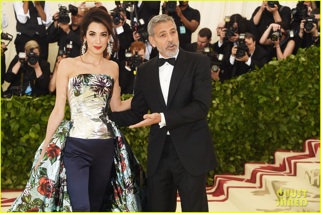 George and Amal at Met Gala Amal-clooney-george-clooney-met-gala-2018-01