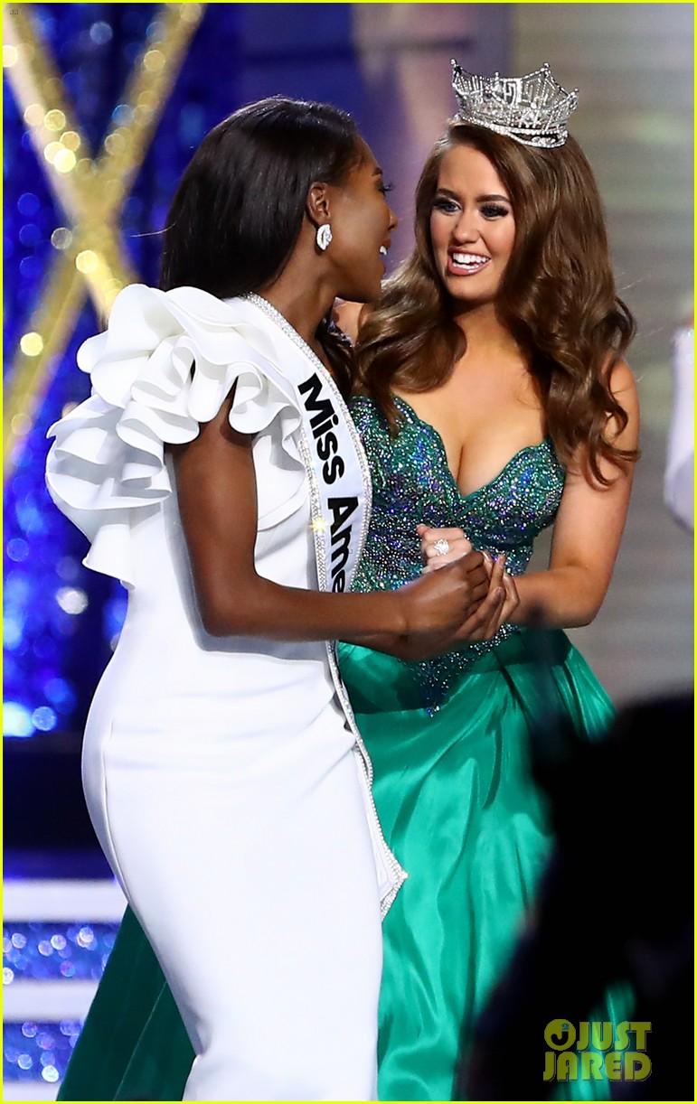 nia imani franklin, miss america 2019. - Página 3 Miss-america-2019-new-york-nia-imani-franklin-32