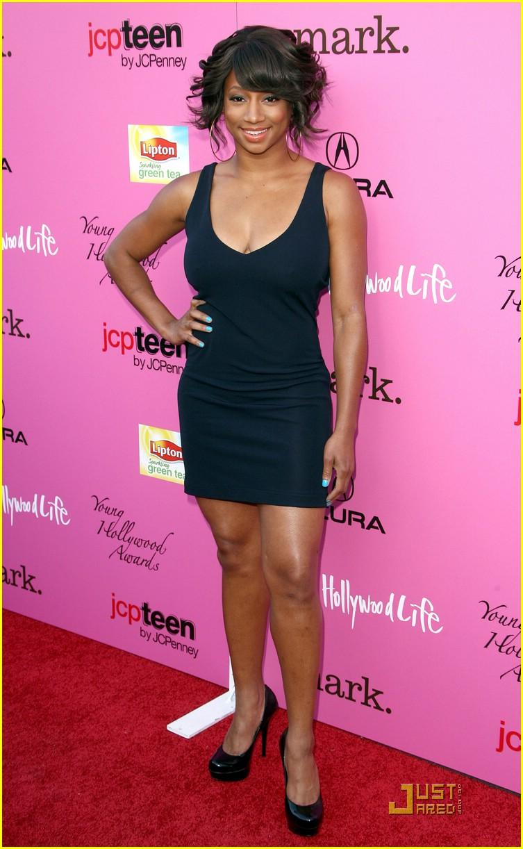 ¿Cuánto mide Monique Coleman? - Real height Monique-coleman-yh-awards-05