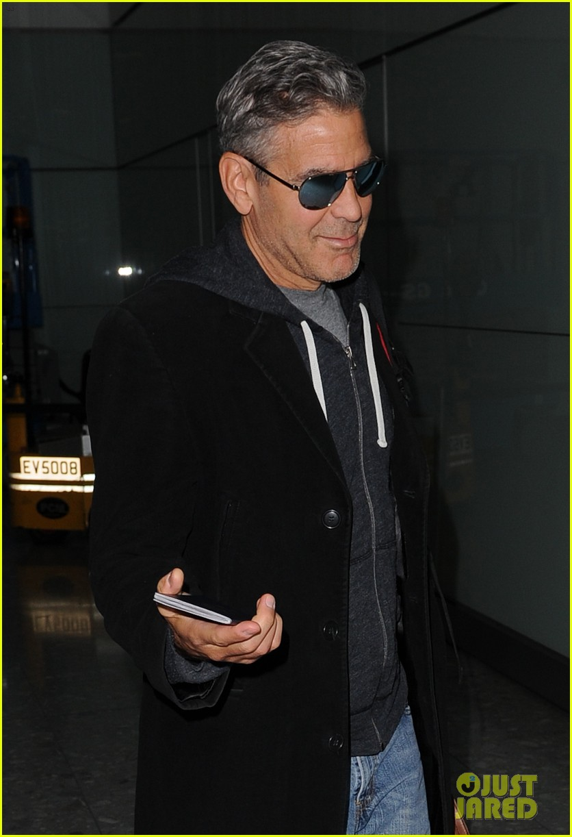 Just Jared has George Clooney landing in London  George-clooney-i-didnt-write-that-scene-in-gravity-04