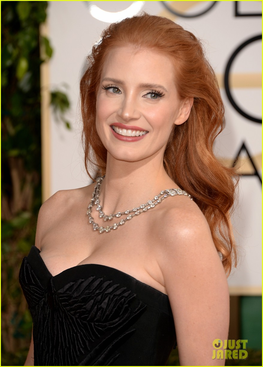 JESSICA CHASTAIN  foroazkena club de fans! Jessica-chastain-golden-globes-2014-red-carpet-01