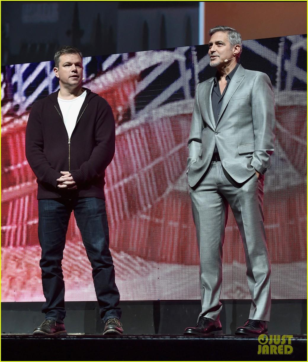 George Clooney at CinemaCon presenting Suburbicon George-clooney-julianne-moore-matt-damon-cinemacon-2017-05