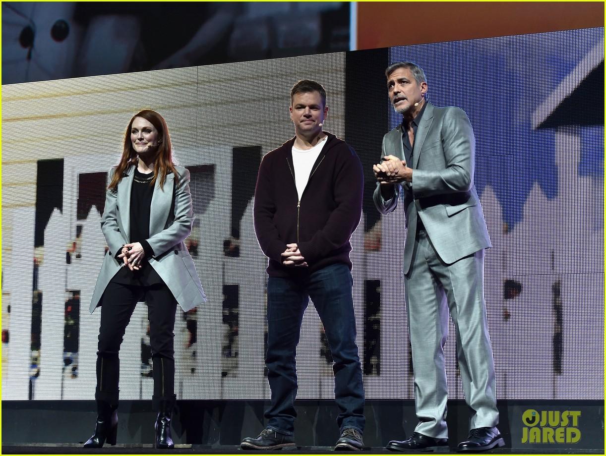 George Clooney at CinemaCon presenting Suburbicon George-clooney-julianne-moore-matt-damon-cinemacon-2017-11