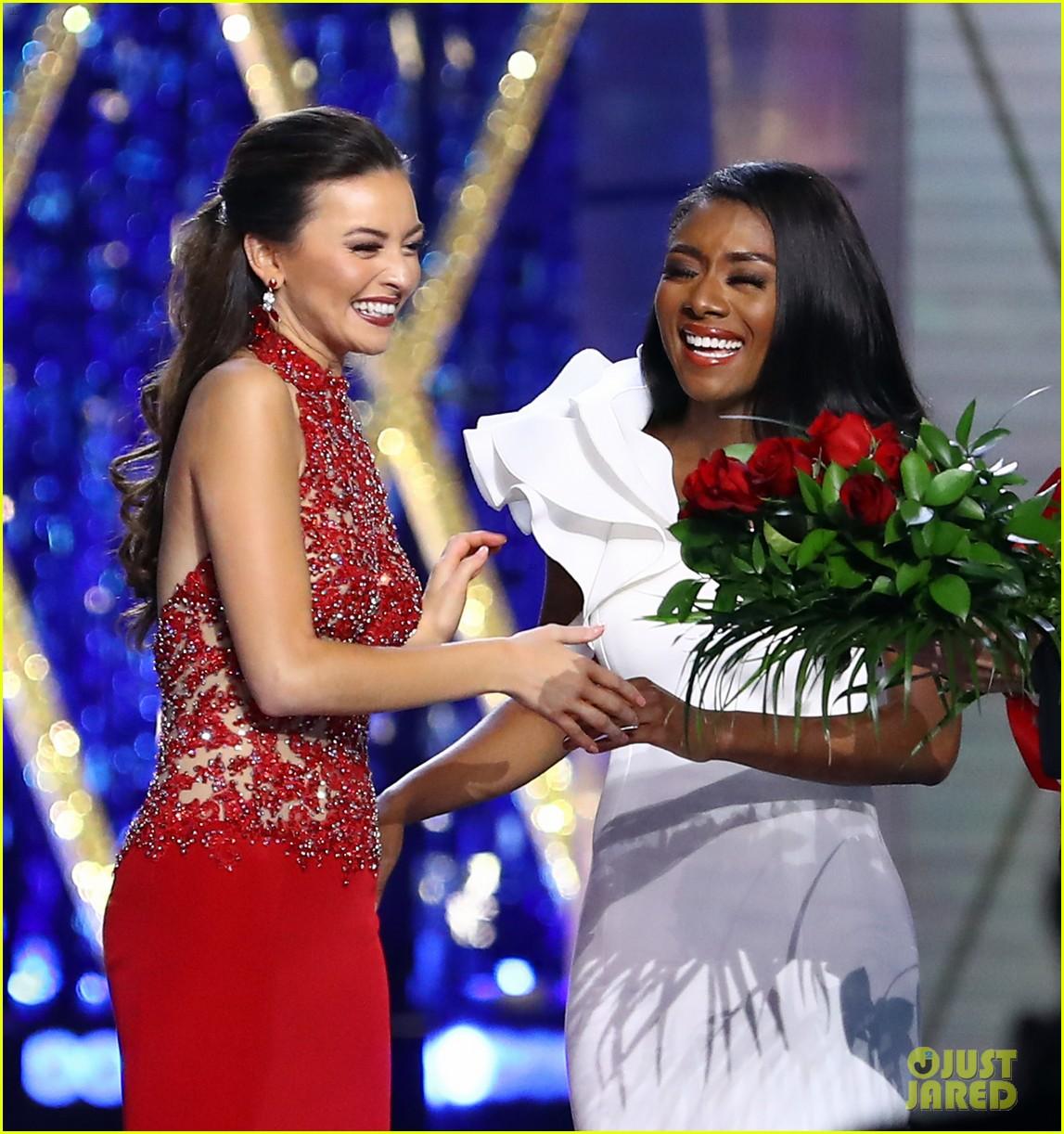 nia imani franklin, miss america 2019. - Página 2 Miss-america-2019-new-york-nia-imani-franklin-25