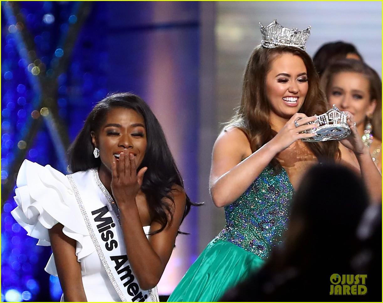nia imani franklin, miss america 2019. - Página 3 Miss-america-2019-new-york-nia-imani-franklin-33