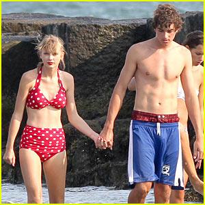 Taylor Swift Taylor-swift-bikini-conor-kennedy-shirtless