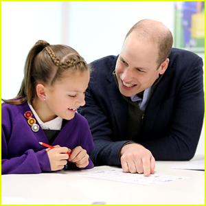 Discussion sur l'Etoile du 30 janvier  2021 - Page 8 Prince-william-plays-emoji-bingo-with-elementary-school-kids