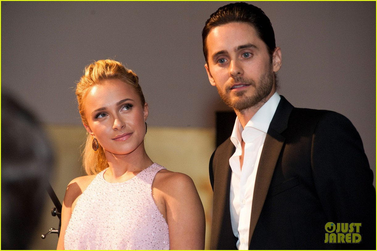 Jared Leto at the WildAid Charity Gala / 11 mai 2012 Jared-leto-hayden-panettiere-wildaid-charity-gala-13