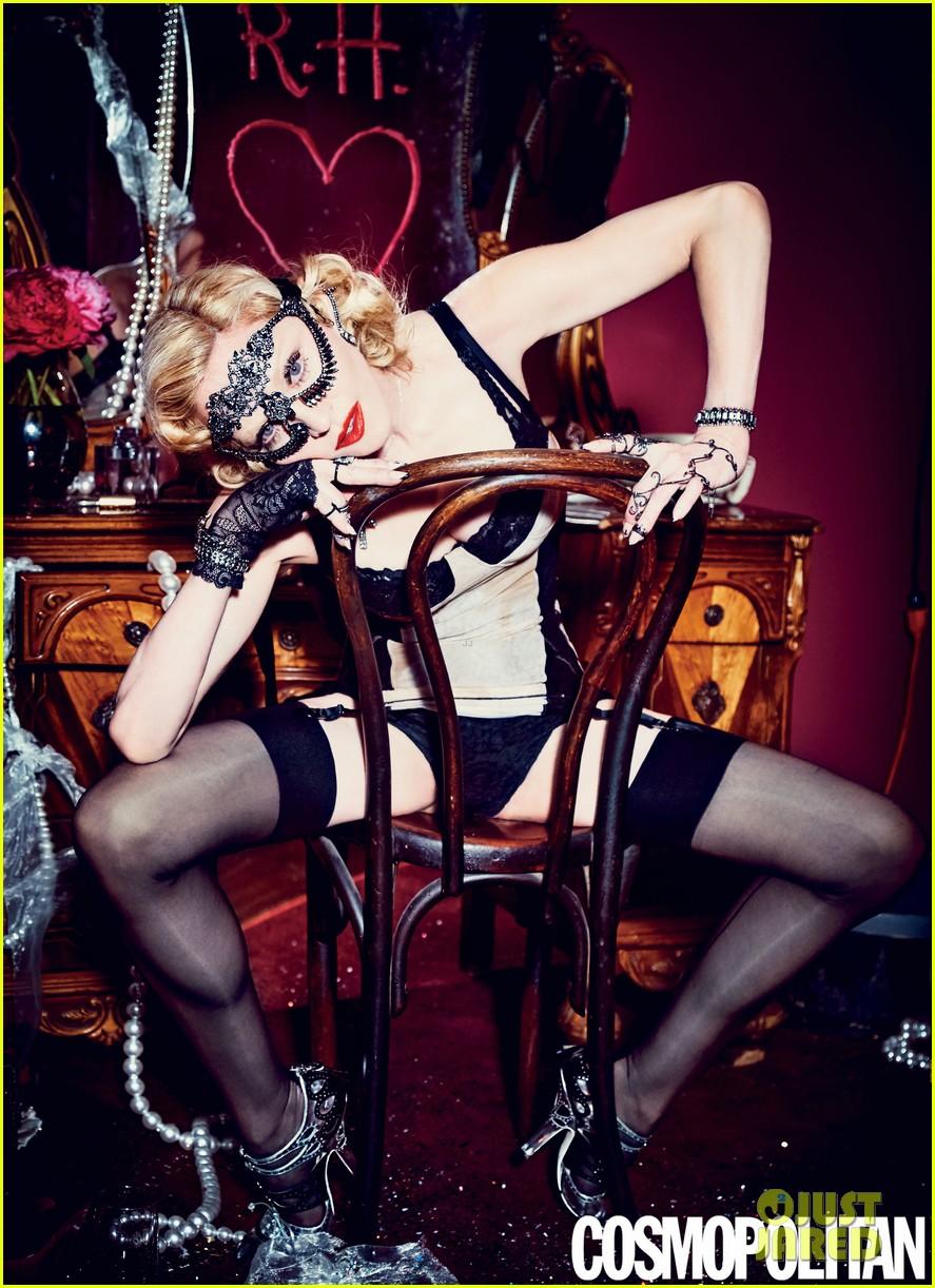 Madonna posa para el 50 Aniversario de COSMOPOLITAN MAGAZINE. Madonna-is-all-about-sex-for-cosmos-50th-anniversary-issue-01