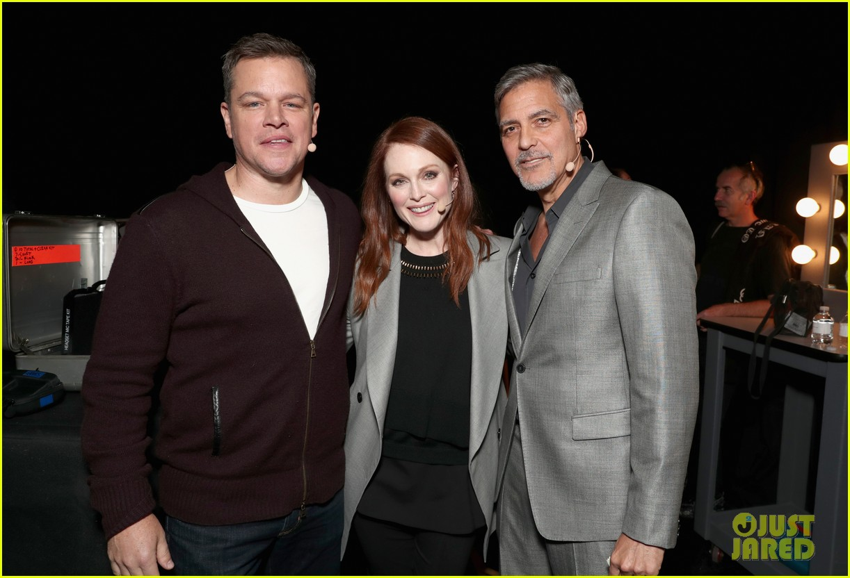 George Clooney at CinemaCon presenting Suburbicon George-clooney-julianne-moore-matt-damon-cinemacon-2017-03