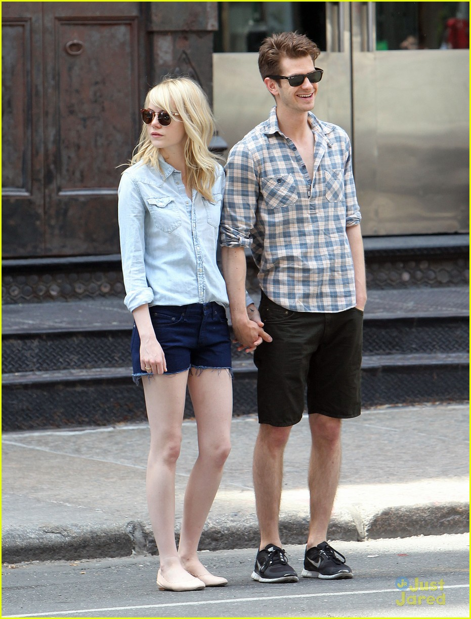 ¿Cuánto mide Emma Stone? - Altura - Real height Emma-stone-andrew-garfield-nyc-lunch-08