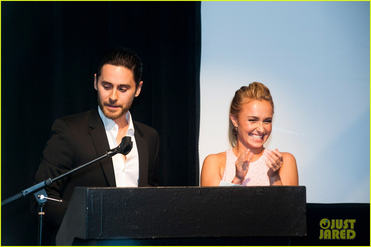 Jared Leto at the WildAid Charity Gala / 11 mai 2012 Jared-leto-hayden-panettiere-wildaid-charity-gala-02