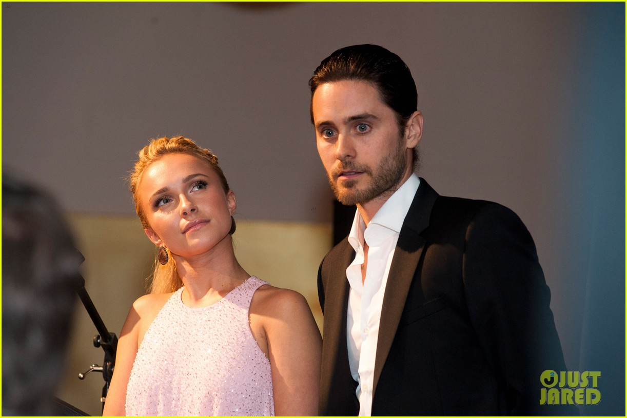 Jared Leto at the WildAid Charity Gala / 11 mai 2012 Jared-leto-hayden-panettiere-wildaid-charity-gala-03