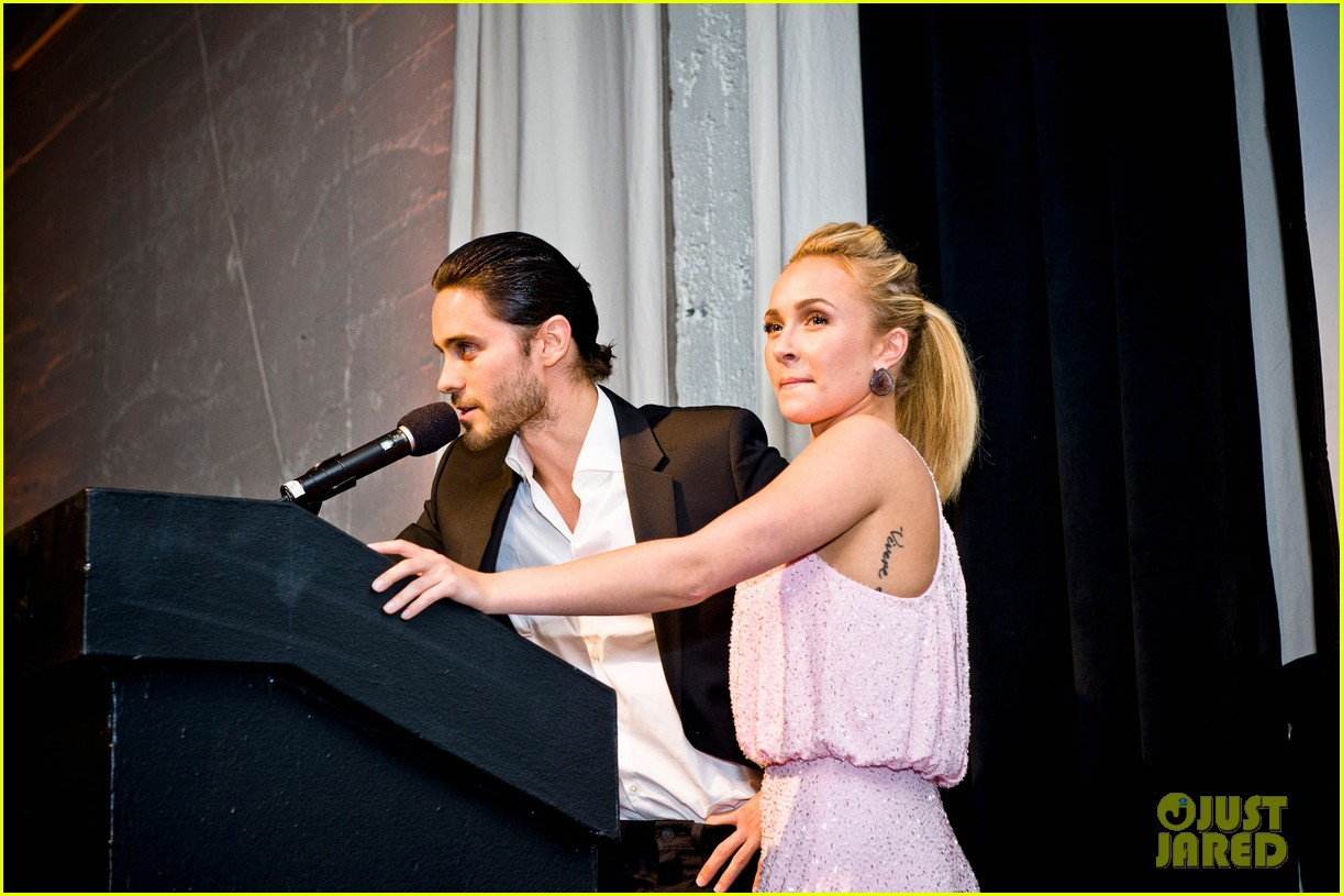 Jared Leto at the WildAid Charity Gala / 11 mai 2012 Jared-leto-hayden-panettiere-wildaid-charity-gala-14