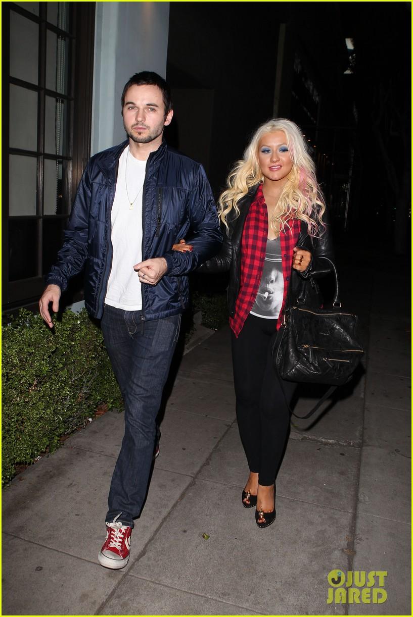 Christina Aguilera & Matthew Rutler: Osteria Mozza Date Night! Christina-aguilera-matthew-rutler-osteria-mozza-date-night-01