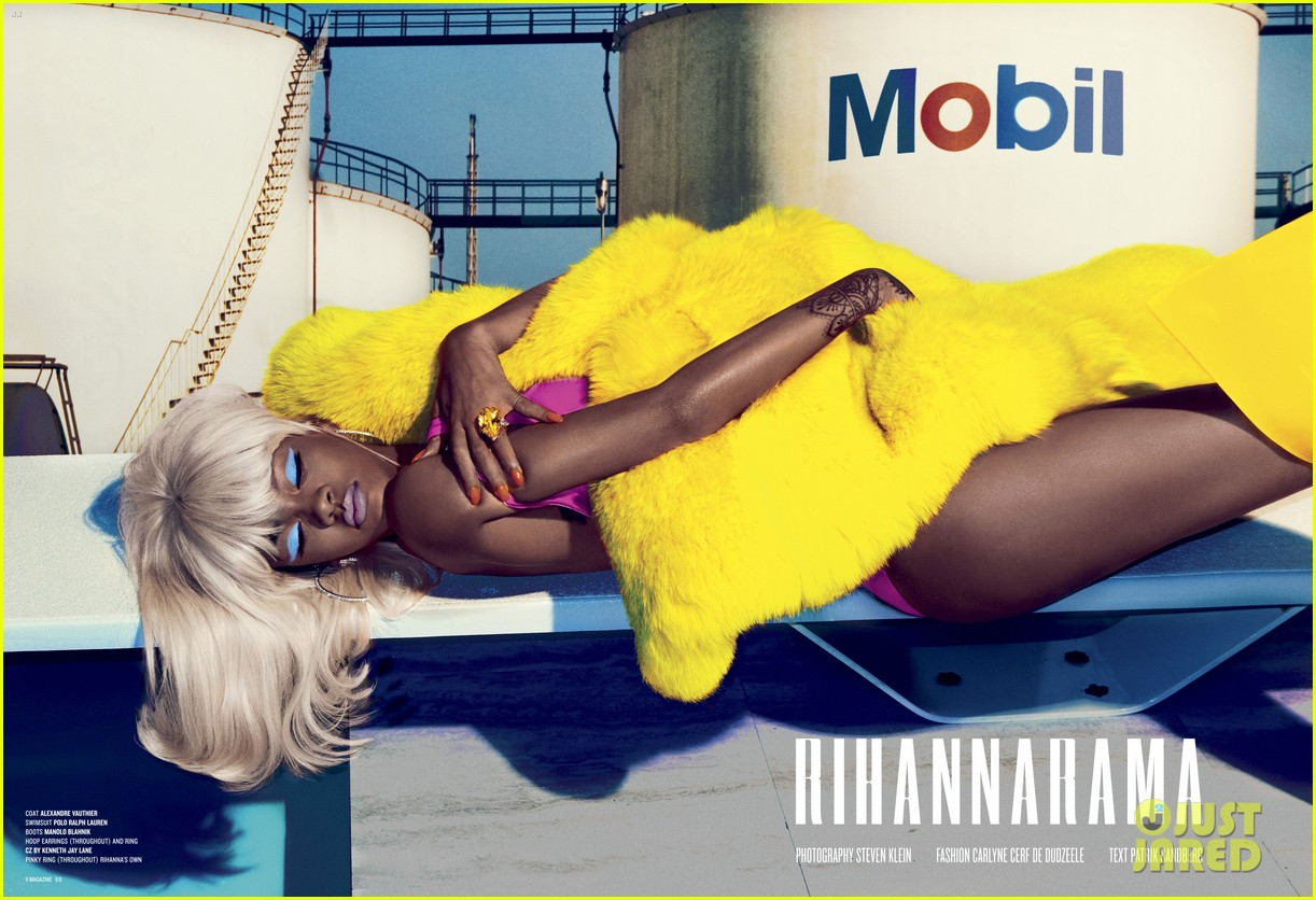 Rihanna posó para V MAGAZINE. Rihanna-v-magazine-cover-06