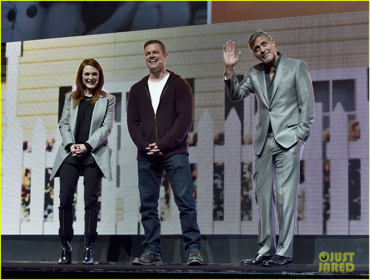 George Clooney at CinemaCon presenting Suburbicon George-clooney-julianne-moore-matt-damon-cinemacon-2017-01