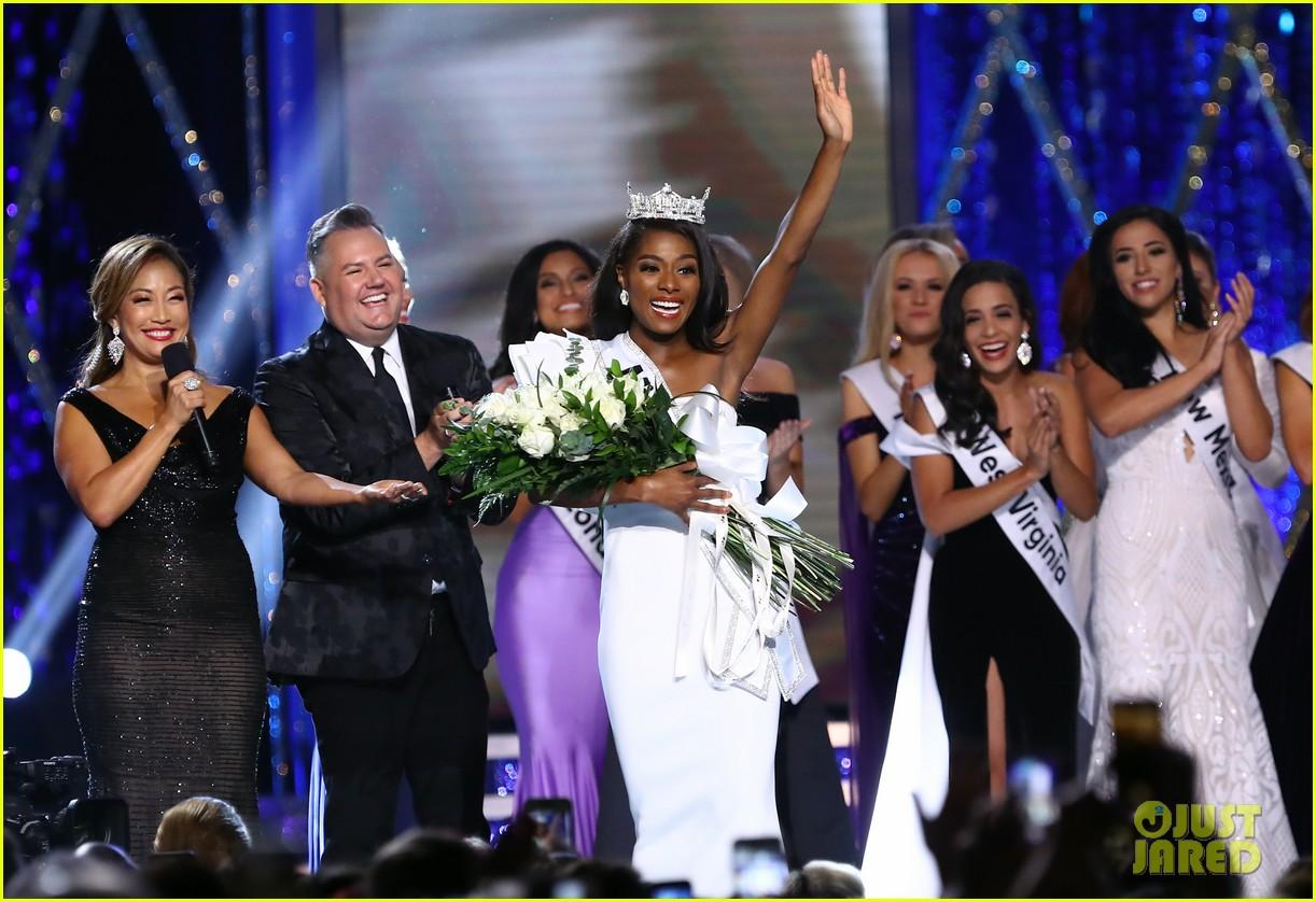 nia imani franklin, miss america 2019. - Página 2 Miss-america-2019-new-york-nia-imani-franklin-19