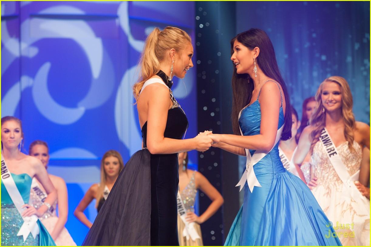 sophia dominguez-heithoff, miss teen usa 2017. - Página 2 Miss-teen-usa-sophia-vanessa-friendship-friday-moment-03