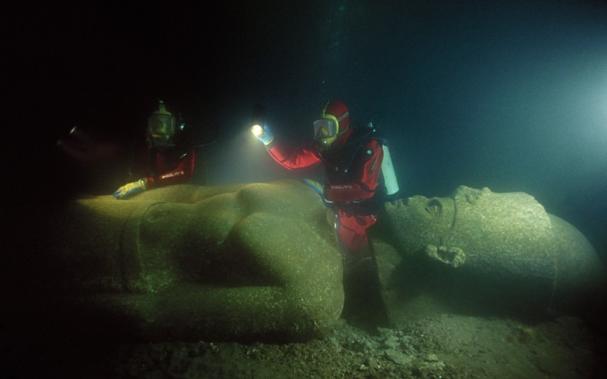 Ancient City Discovered Underwater Solves Enigma That Puzzled Egyptologists For Years Underwater-city-discovered