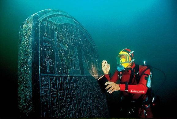 Ancient City Discovered Underwater Solves Enigma That Puzzled Egyptologists For Years Underwater-city10