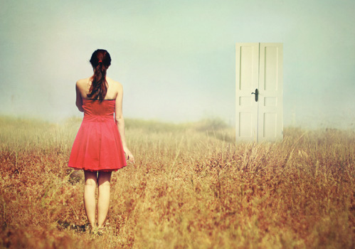 How To Open The Doors Of Perception At Will, Without Psychedelics Girl_door_field