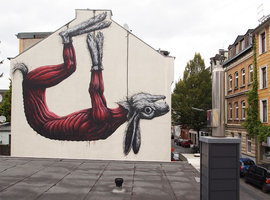 These Incredible Street Art Pieces Tell A Disturbing & Uncomfortable Truth About Society 71
