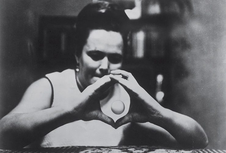 A Real Psychokenetic the World Completely Forgot About: Nina Kulagina NINGA-740x500