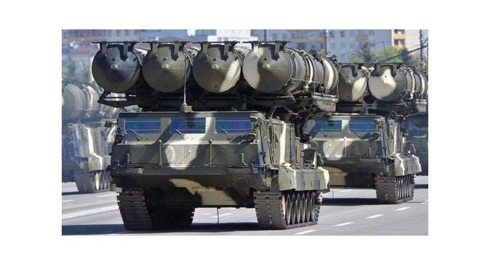 إيران تتسلم أولي دفعات S-300 غداً 1015349458