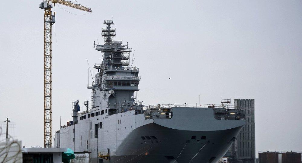 الفرنسية: هولاند اتفق مع السيسى على شروط صفقة حاملة الطائرات ميسترال - صفحة 5 1015724730