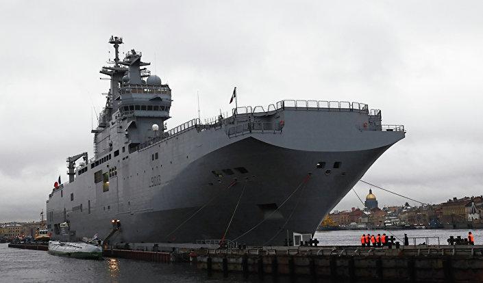 فرنسا تسلم مصر حاملتى الطائرات «الميسترال» قبل الصيف المقبل 1016062350