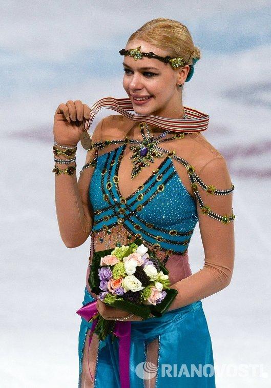 Анна Погорилая (пресса с апреля 2015) - Страница 2 909983608