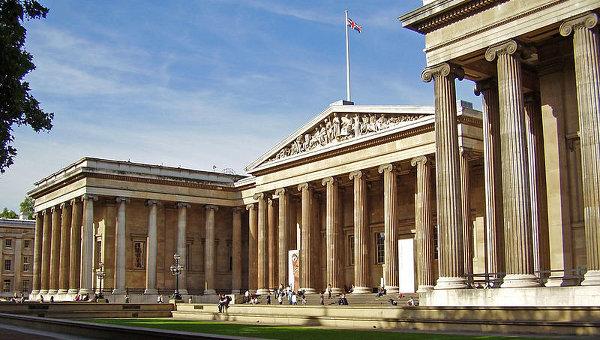 Британский музей выложил 4,5 тысячи изображений своих экспонатов в сеть 927044318
