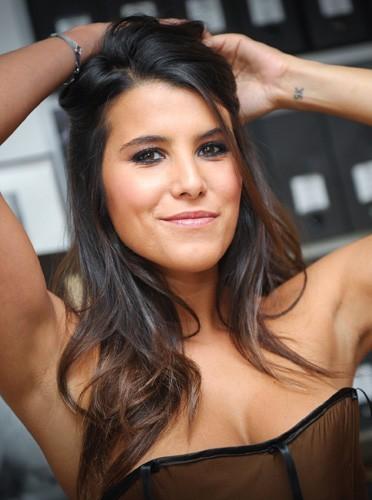 Les plus belles... - Page 3 Le-tatouage-d-amour-de-Karine-Ferri-pour-Gregory-Lemarchal-Gregory-et-Karine-pour-la-vie._portrait_w674