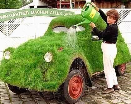 Et la voiture ?  La-2CV-une-vraie-Grass-car
