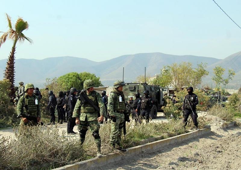 Banda de chupaductos asesina a policías en Puebla y agrede a militares - Página 2 1701633