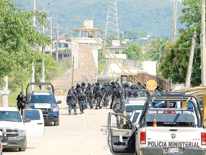 Riña entre Grupos Rivales en Penal de Acapulco deja....(28) veintiocho muertos. 1708382