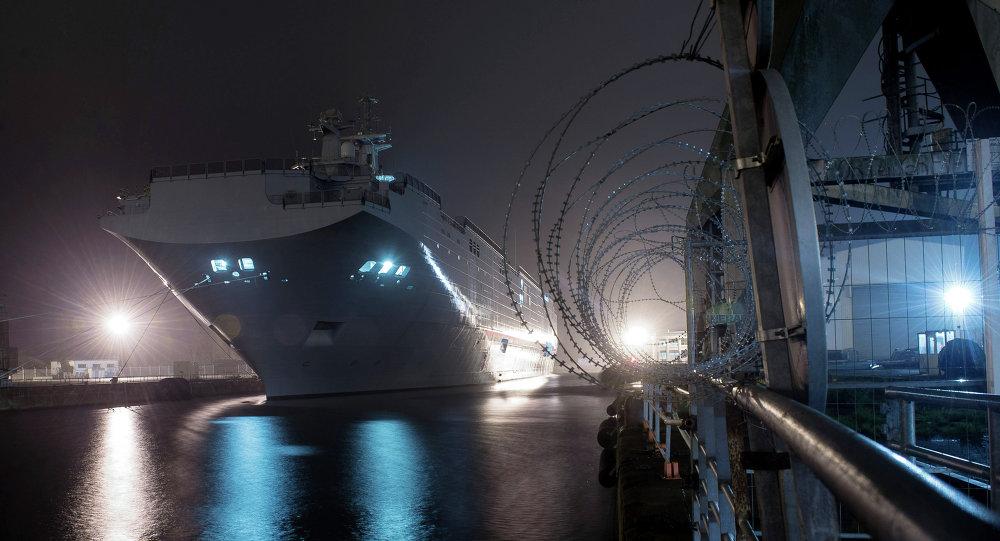 فرنسا تسلم مصر حاملتى الطائرات «الميسترال» قبل الصيف المقبل 1014408577