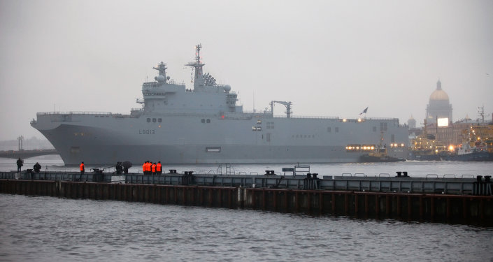 """الكرملين: روسيا ستزود مصر بمعدات ومروحيات للحاملة """"ميسترال"""" بأكثر من مليار دولار 1015233063"""