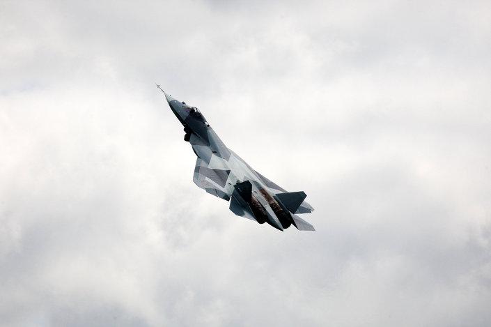 """روسيا حولت المقاتلة """"سو-47"""" الفريدة إلى أقوى مقاتلة شبحية فى العالم 1015256115"""